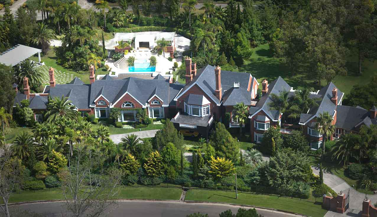 Sean Puff Daddy Combs Buys 40 Million Mansion In Holmby Hills